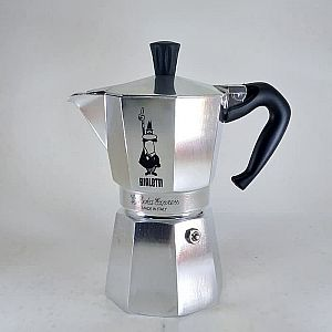 Bialetti Moka Express Moka Pot Coffee Maker for 6 Cups